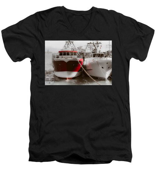 Padre Pio Men's V-Neck T-Shirt