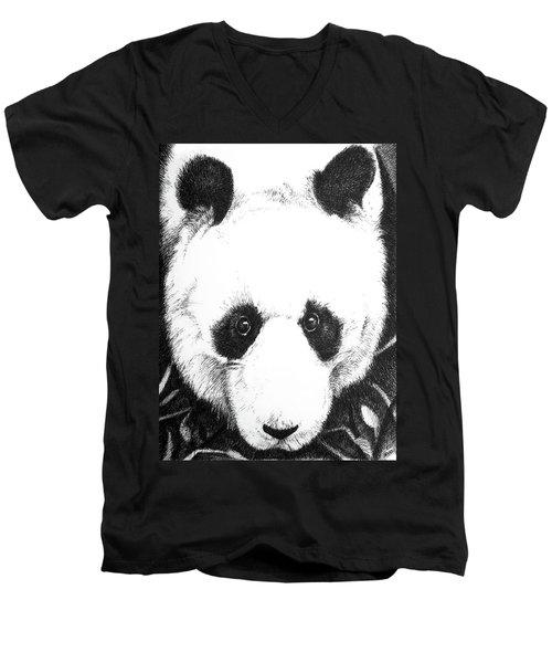 Panda Portrait Men's V-Neck T-Shirt