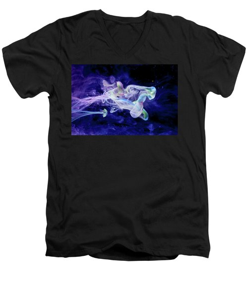 Peaceful Flow - Fine Art Photography - Paint Pouring Men's V-Neck T-Shirt