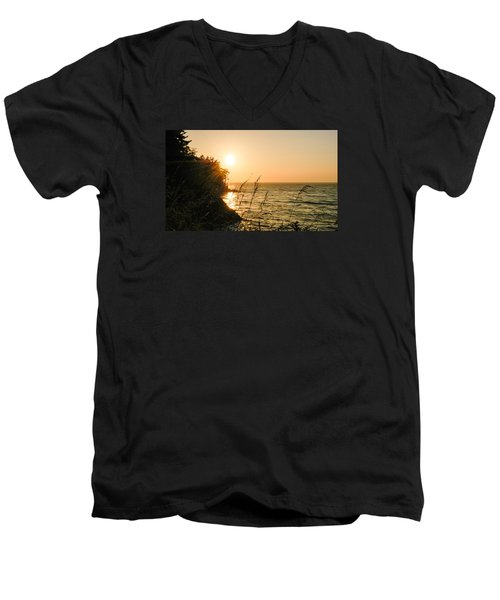 Men's V-Neck T-Shirt featuring the photograph Peaking Sunset by Monte Stevens