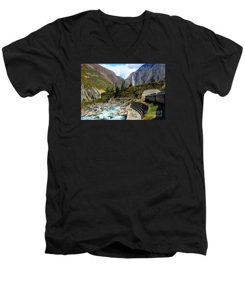 Peruvian Railway Men's V-Neck T-Shirt