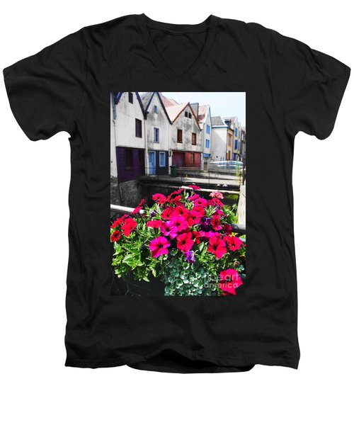 Petunias Of Amiens Men's V-Neck T-Shirt by Therese Alcorn