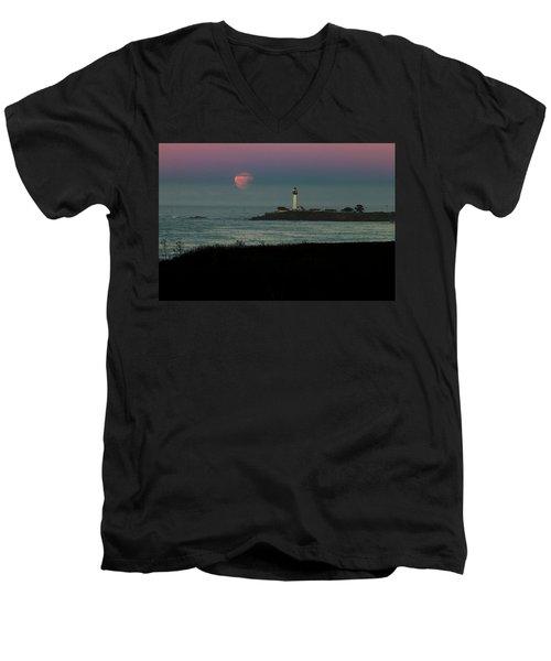 Pigeon Point Supermoonset Men's V-Neck T-Shirt