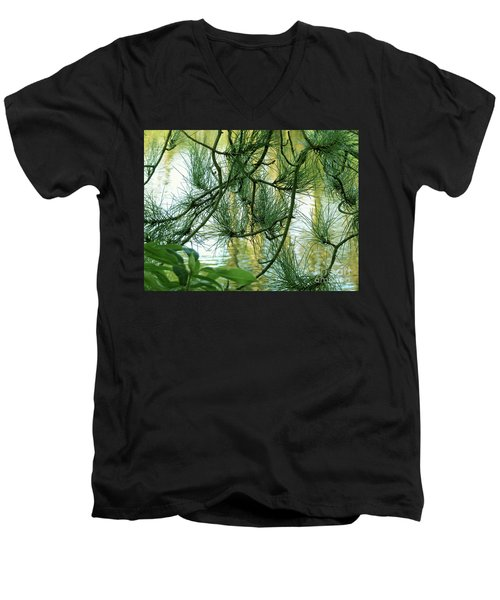 Pine Needles Patchwork Men's V-Neck T-Shirt