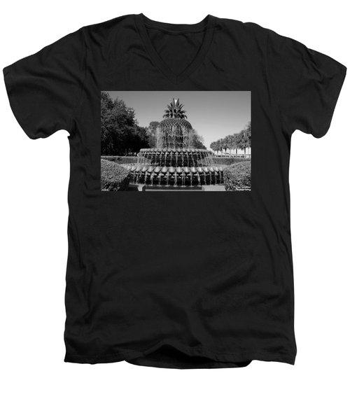 Pineapple Fountain Charleston Sc Black And White Men's V-Neck T-Shirt