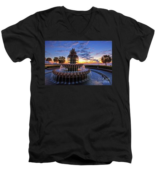 The Pineapple Fountain At Sunrise In Charleston, South Carolina, Usa Men's V-Neck T-Shirt by Sam Antonio Photography