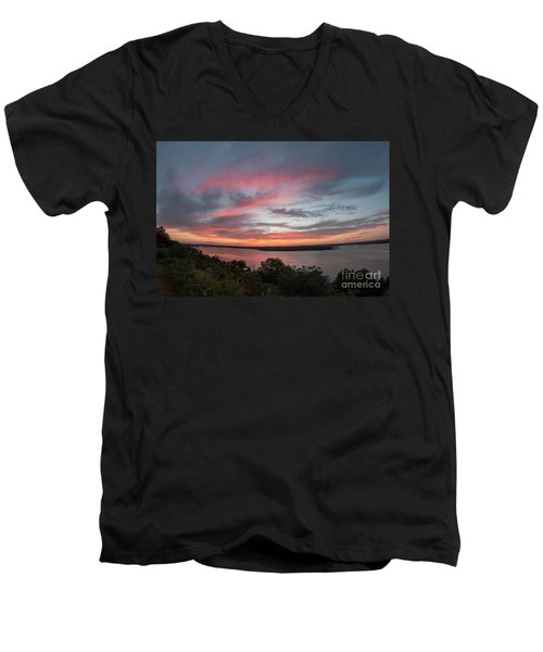 Pink Skies And Clouds At Sunset Over Lake Travis In Austin Texas Men's V-Neck T-Shirt