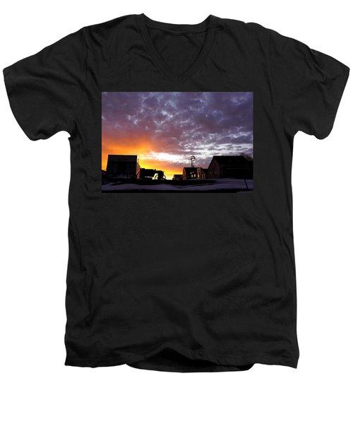 Pioneer Town Sunset Men's V-Neck T-Shirt