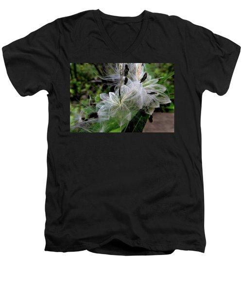 Pods Wide Open Men's V-Neck T-Shirt