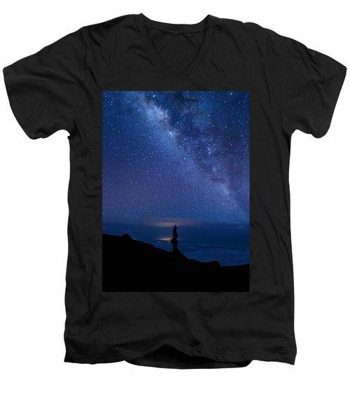 Pointing To The Heavens Men's V-Neck T-Shirt