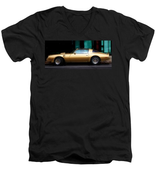 Pontiac Trans Am Men's V-Neck T-Shirt