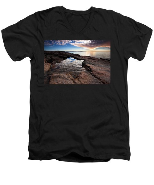 Portal To The Heavens Men's V-Neck T-Shirt