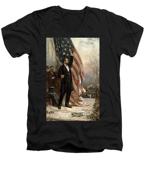 President Abraham Lincoln - American Flag Men's V-Neck T-Shirt