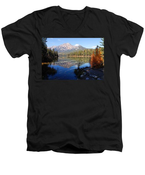 Pyramid Moutain Reflection Men's V-Neck T-Shirt