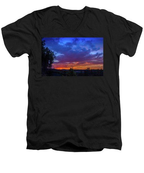 Quartz Canyon Sunset Men's V-Neck T-Shirt