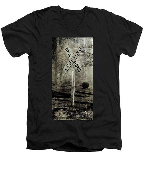 Railroad Crossing Men's V-Neck T-Shirt