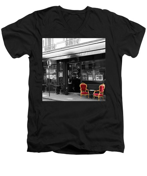 Red Chairs Men's V-Neck T-Shirt