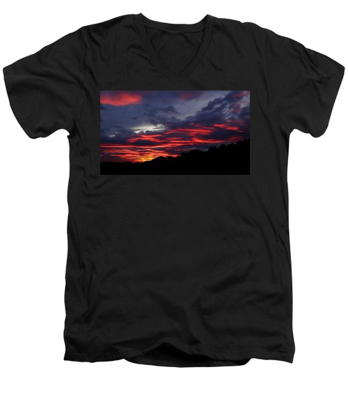 Red Cloud Mountain Men's V-Neck T-Shirt