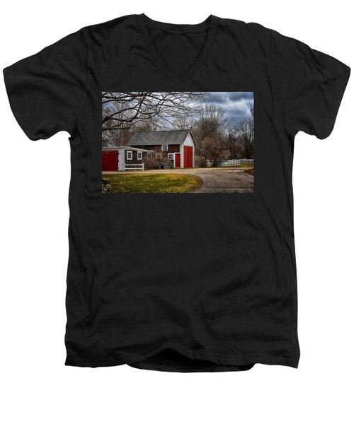 Red Doors Men's V-Neck T-Shirt