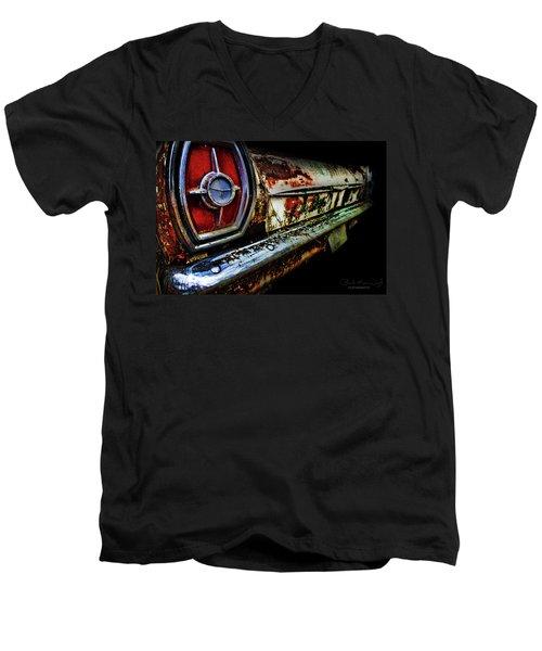 Red Eye'd Wink Men's V-Neck T-Shirt