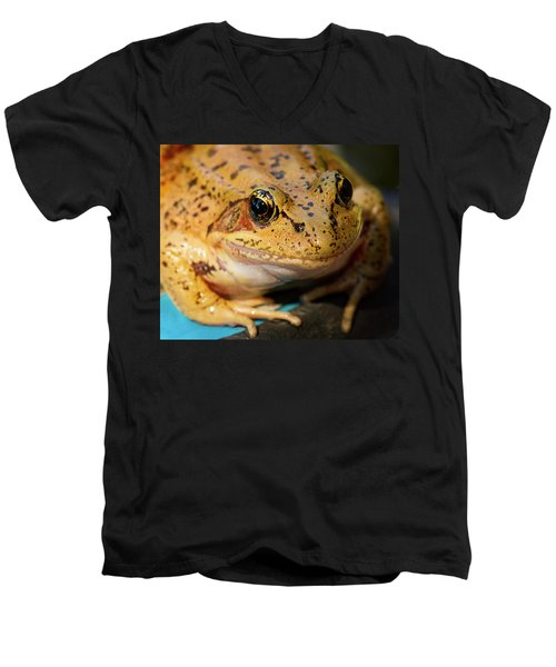 Men's V-Neck T-Shirt featuring the photograph Red Leg Frog by Jean Noren