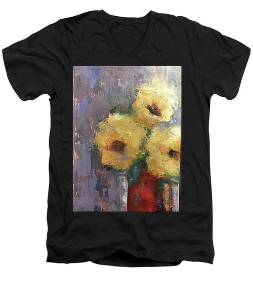 Red Vase Men's V-Neck T-Shirt