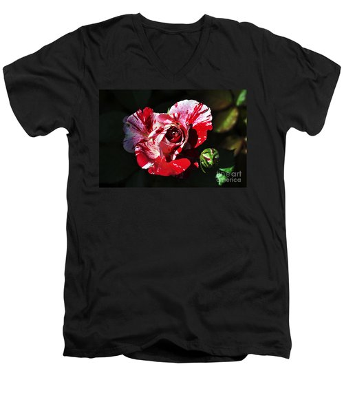 Red Verigated Rose Men's V-Neck T-Shirt