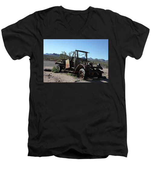 Resting And Rusting Men's V-Neck T-Shirt