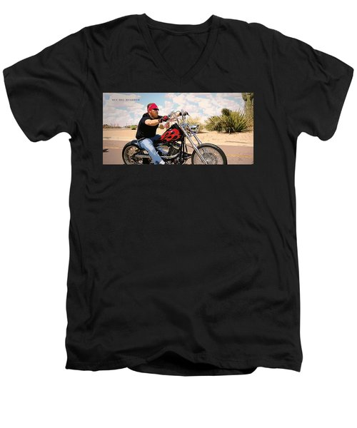 Rey Del Desierto Men's V-Neck T-Shirt