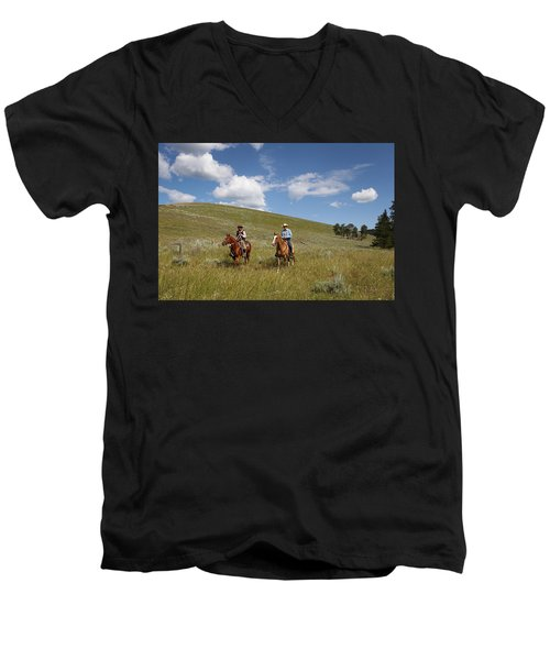 Riding Fences Men's V-Neck T-Shirt