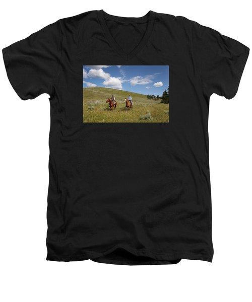 Riding Fences Men's V-Neck T-Shirt