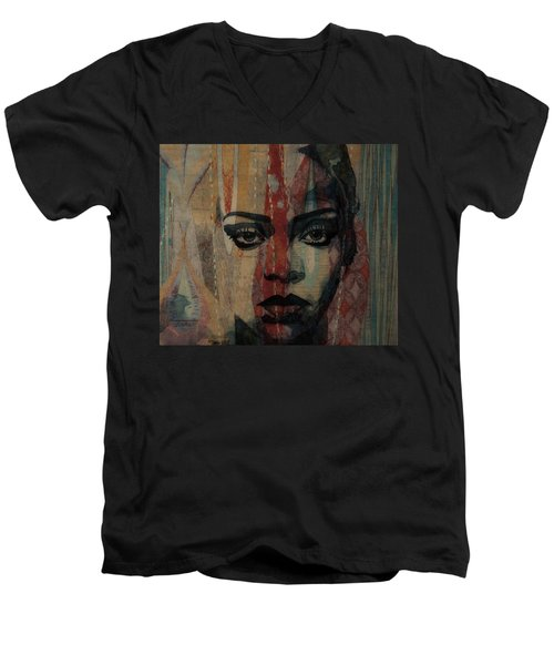 Rihanna - Diamonds Men's V-Neck T-Shirt