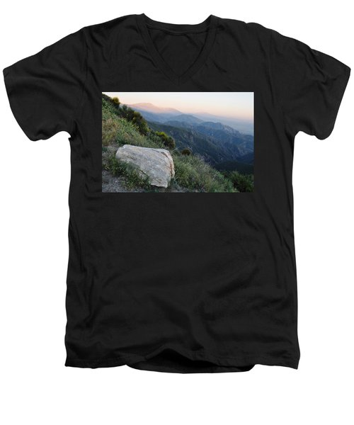 Rim O' The World National Scenic Byway Men's V-Neck T-Shirt