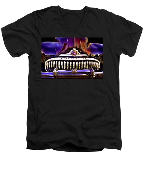 Road Master Men's V-Neck T-Shirt