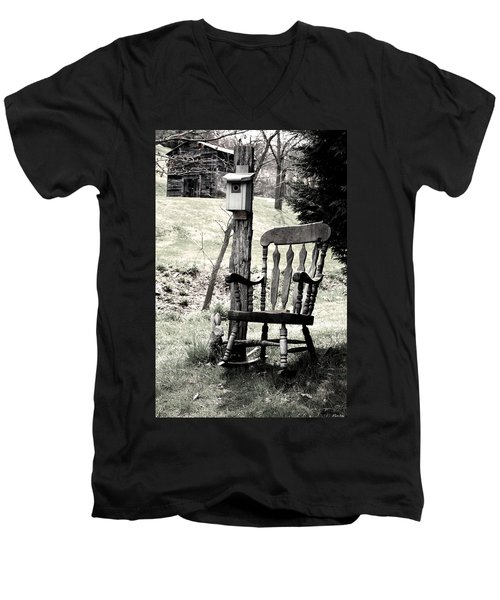 Rocking Chair Men's V-Neck T-Shirt