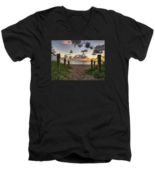 Rope Walk Men's V-Neck T-Shirt