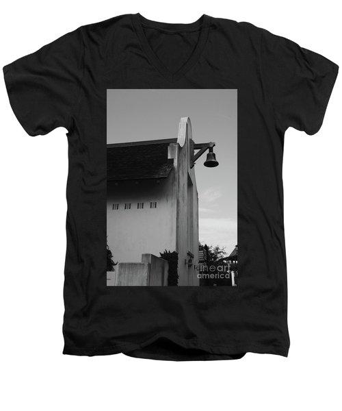 Rosemary Beach Post Office In Black And White Men's V-Neck T-Shirt