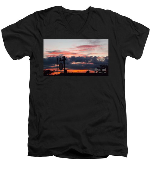 Rossington Sunset Men's V-Neck T-Shirt