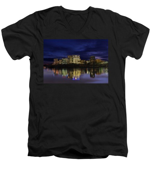Rosslyn Skyline Men's V-Neck T-Shirt