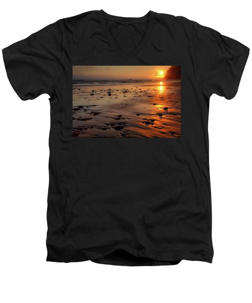 Men's V-Neck T-Shirt featuring the photograph Ruby Beach Sunset by David Chandler