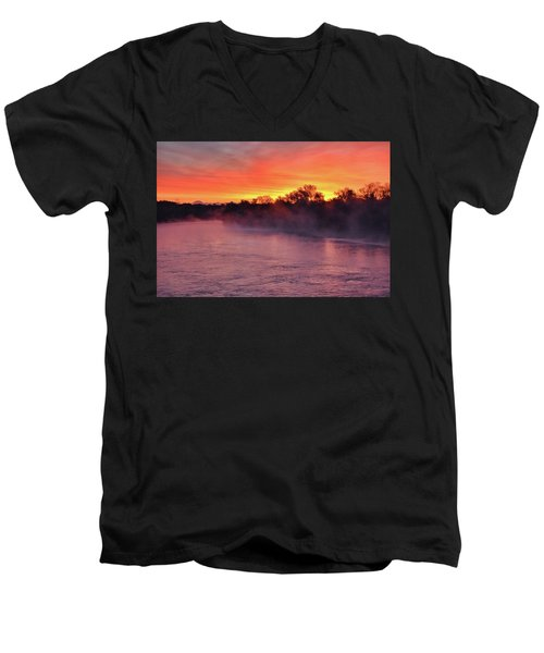 Sacramento River Sunrise Men's V-Neck T-Shirt