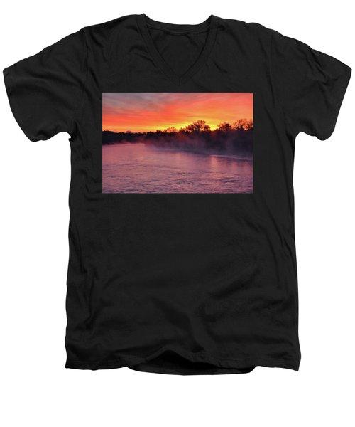 Sacramento River Sunrise Men's V-Neck T-Shirt