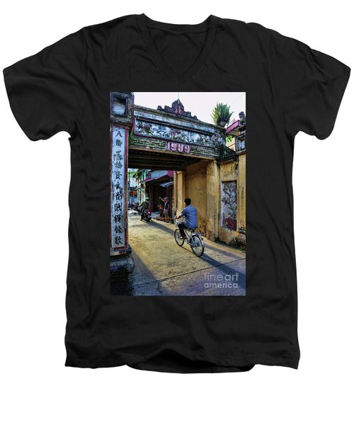 Saigon History  Men's V-Neck T-Shirt