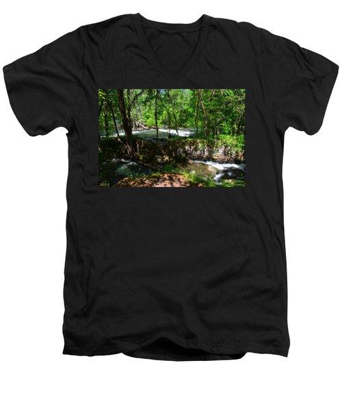 Saluda River Columbia Sc Men's V-Neck T-Shirt
