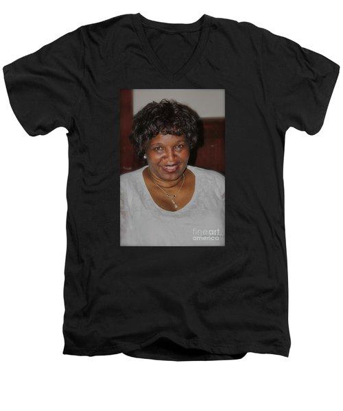 Sanderson - 4535.2 Men's V-Neck T-Shirt
