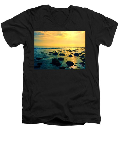 Santa Barbara California Ocean Sunset Men's V-Neck T-Shirt