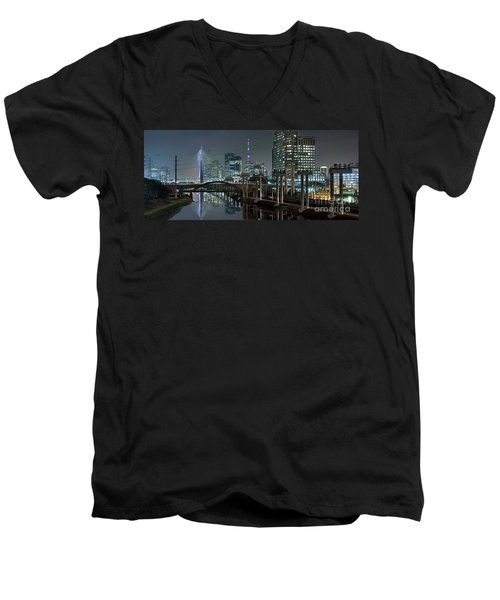 Sao Paulo Bridges - 3 Generations Together Men's V-Neck T-Shirt