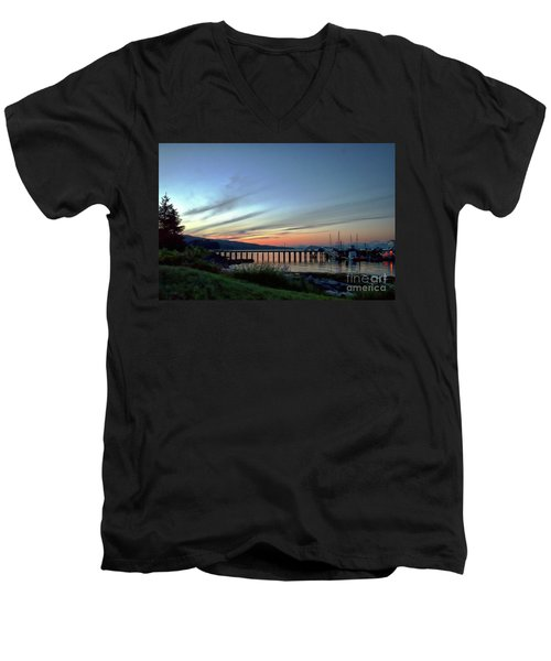 Seagate Pier Men's V-Neck T-Shirt