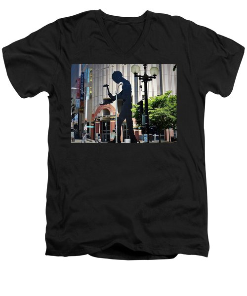 Seattle Art Men's V-Neck T-Shirt