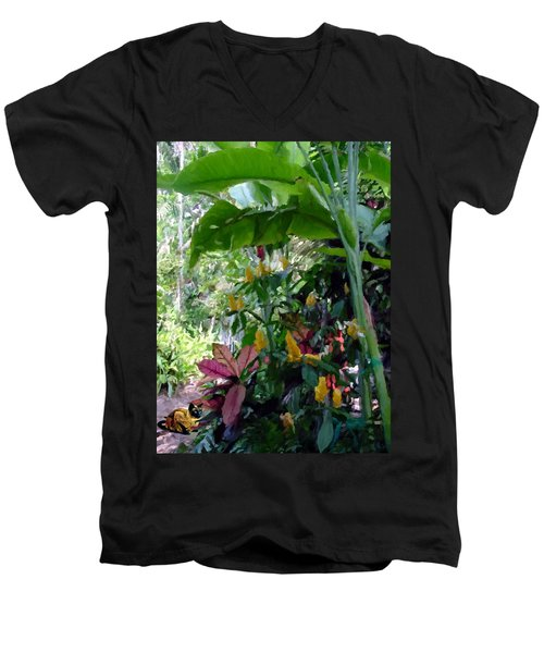 Secret Garden Cat Men's V-Neck T-Shirt